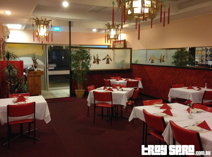 Where to eat in Roma Golden Dragon Restaurant