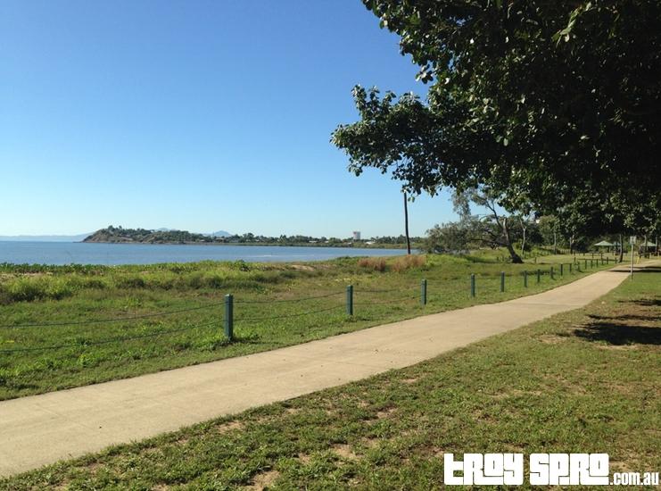 Rowes Bay Promenade Walkway