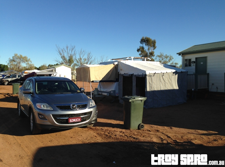 Longreach Tourist Park Camper Trailer with Ensuite Setup