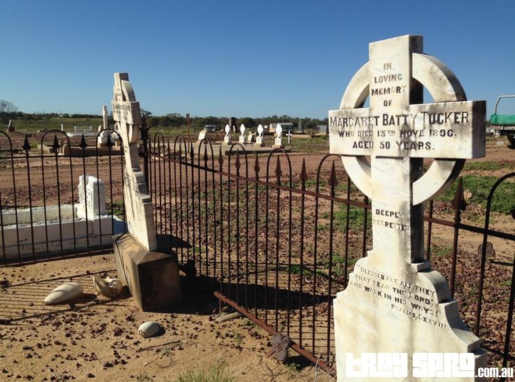 Longreach Cemetery Headstones