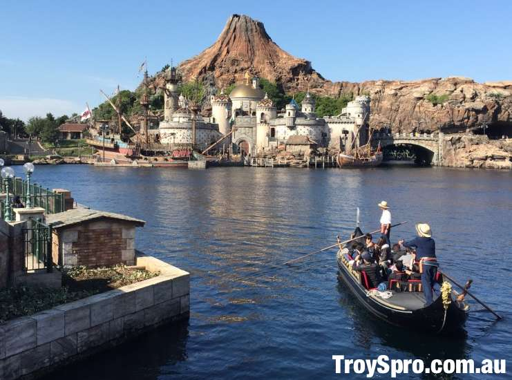 Save Money Travelling wth Kids to Disney Sea and Disneyland